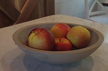 chm_spencerpeterman_round_bowls